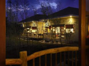 Bluewater Panglao Beach Resort בוהול - בית המלון מבפנים