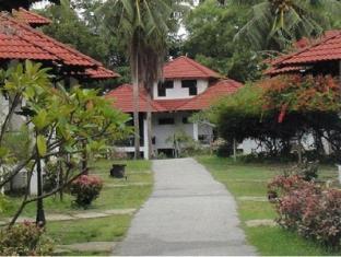 Sudara Beach Resort