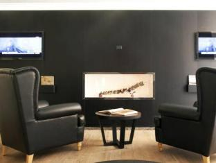 The First Luxury Art Hotel Roma - Member of Preferred