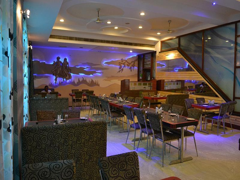 Hotel Sheel Gopal Vision - Hotel and accommodation in India in Mathura