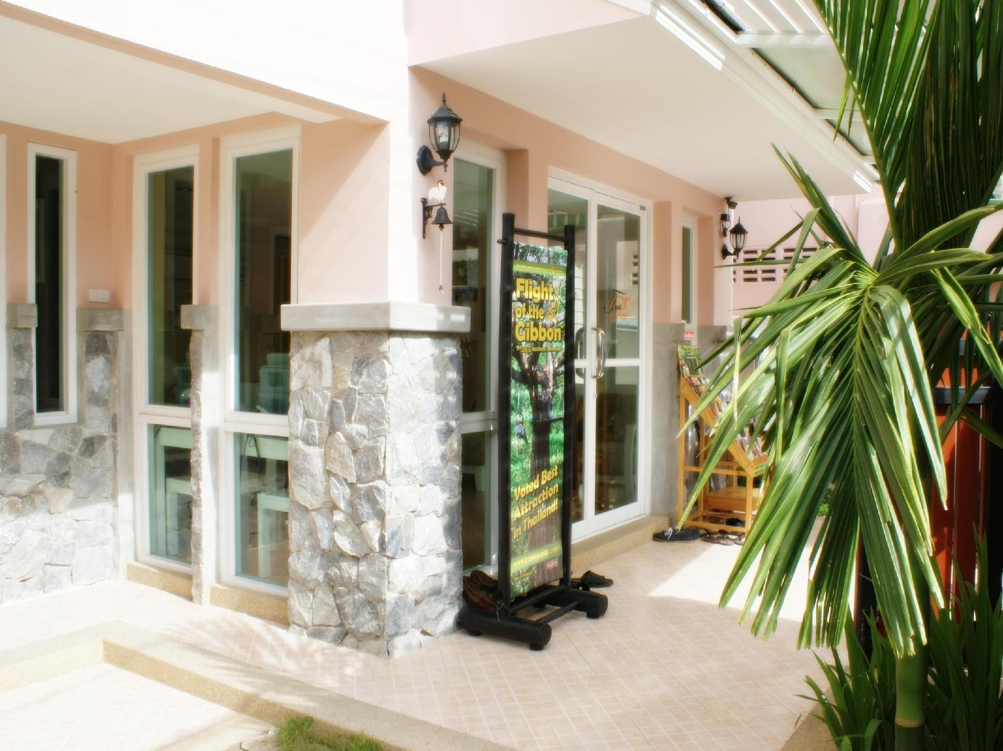 Triple Palms House - Hotels and Accommodation in Thailand, Asia