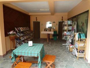 Baan Rujira Tak - Shop