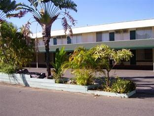 Ambassador Motel Rockhampton - Hotel Exterior