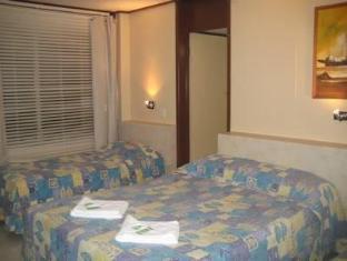 Ambassador Motel Rockhampton - Standard Quadruple