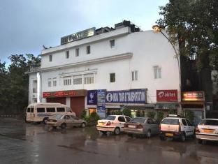 Swift Residency New Delhi i NCR - Eksterijer hotela