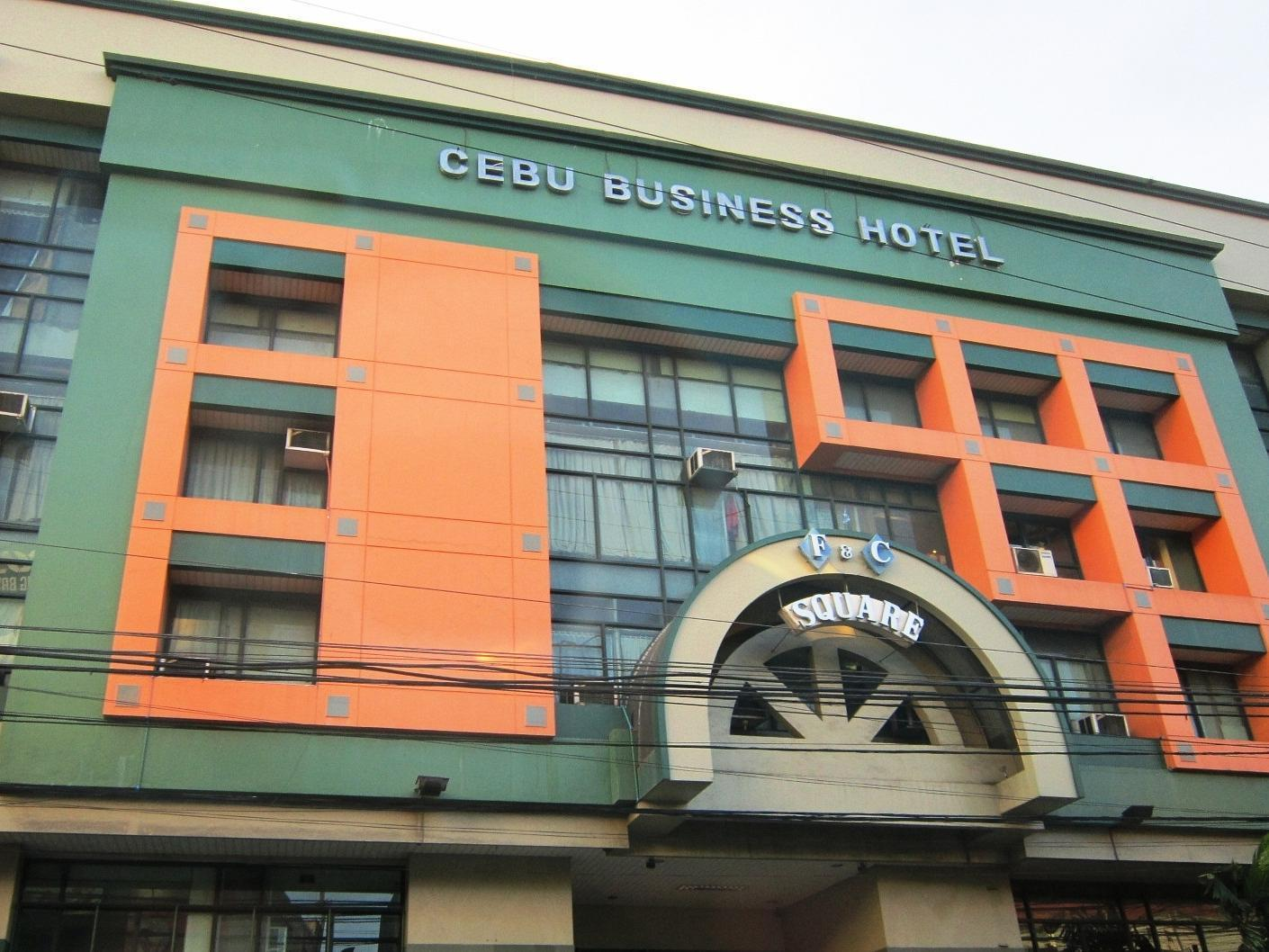 Cebu Business Hotel קבו - בית המלון מבחוץ