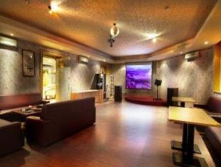 Photo from hotel Rumah Nenek Hotel