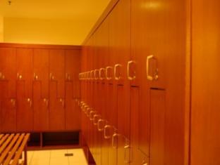 KL Apartment @ Times Square Kuala Lumpur - Locker Room