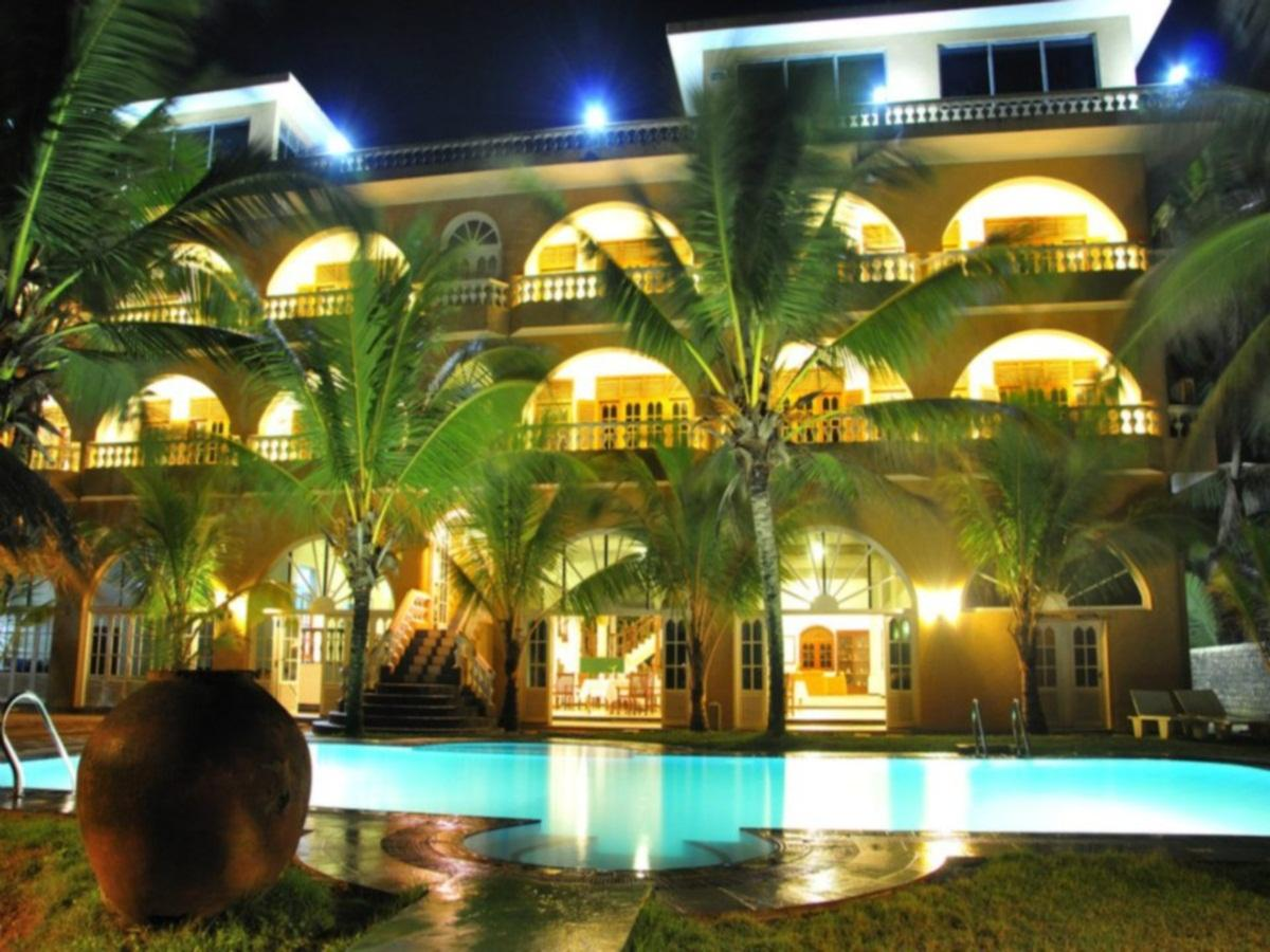 Royal Beach Resort - Hotels and Accommodation in Sri Lanka, Asia