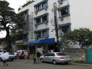 Fuente Pension House Cebu - zunanjost hotela