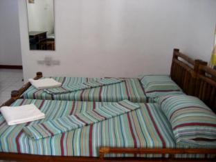 Marina Village Beach Resort Cebu - Family Room