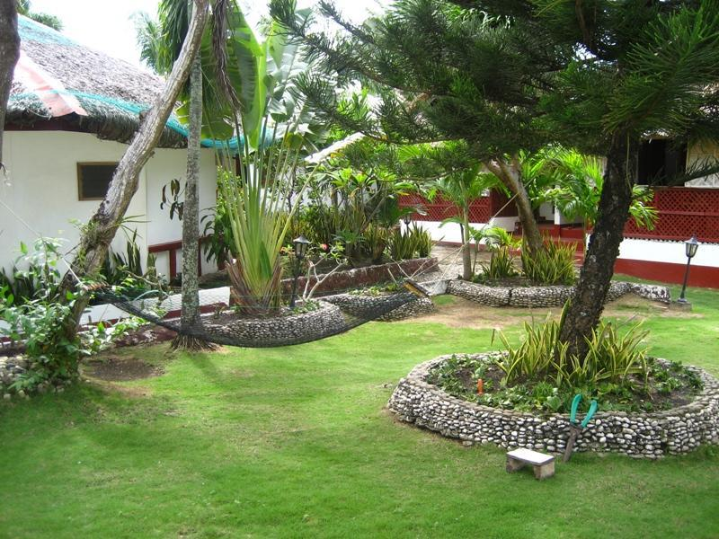 Marina Village Beach Resort - Hotels and Accommodation in Philippines, Asia