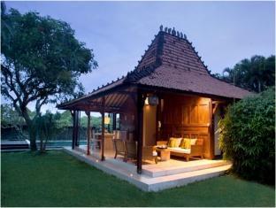Ixora Resort