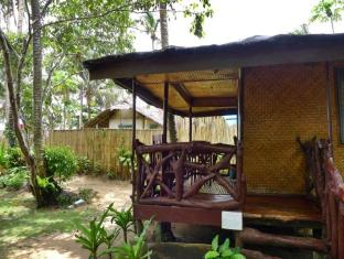 Philippines Hotel Accommodation Cheap | Green Verde Resort Cottages Puerto Princesa City - Balcony/Terrace