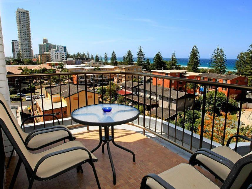 Burleigh Gardens North Hi Rise Hotel - Hotell och Boende i Australien , Guldkusten