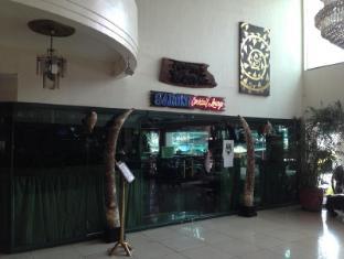 Wild Orchid Resort Angeles / Clark - Pub/Lounge