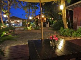 Dacha Resort Phuket - Terrace