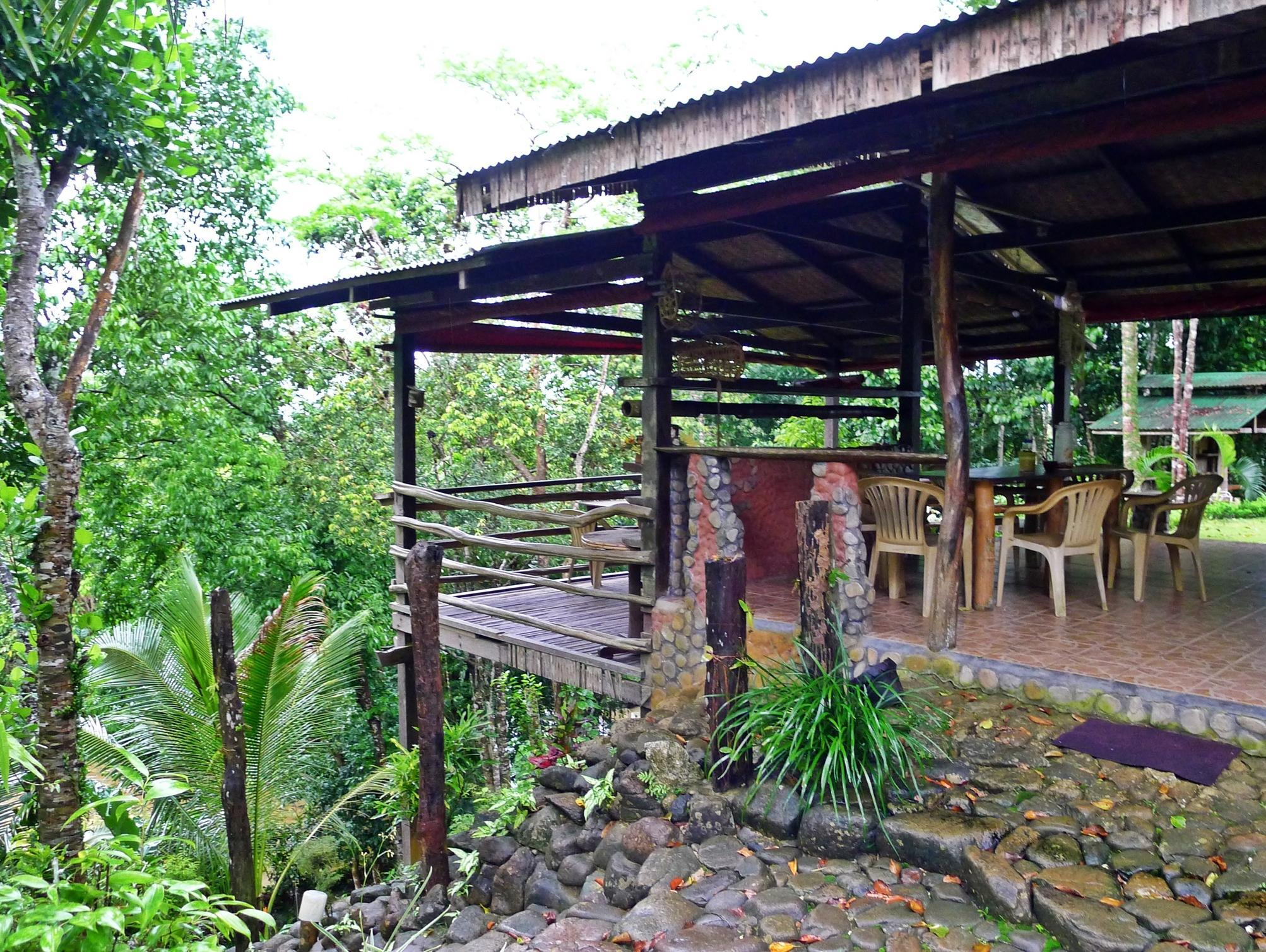 Bambua Nature Cottages - Hotels and Accommodation in Philippines, Asia