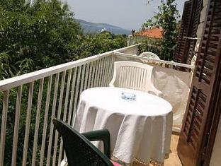 Apartments Zlata Hvar - Balcony/Terrace