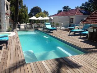 The Glen Boutique Hotel Cape Town - Swimming pool