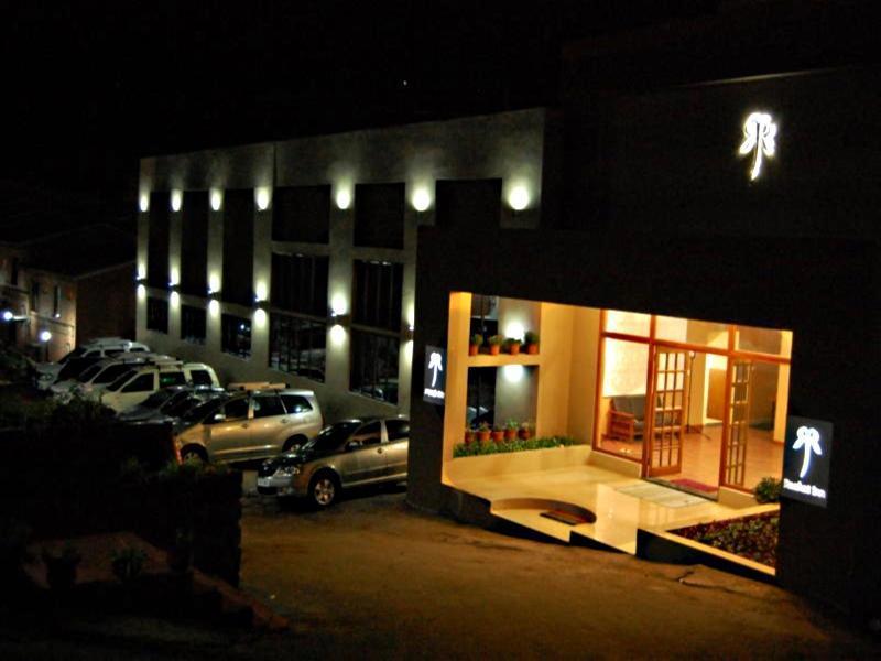 Raahat Inn - Hotell och Boende i Indien i Kodaikanal
