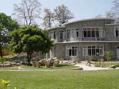 Corbett Suman Grand Resort - Hotell och Boende i Indien i Corbett