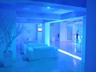 Hotel Paradis Manila - Lobby Area