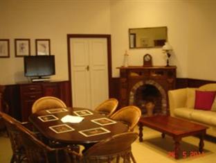 Possum Creek Lodge Perth - Living Area