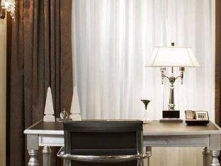 Trump International Hotel and Tower Toronto Toronto (ON) - Interior