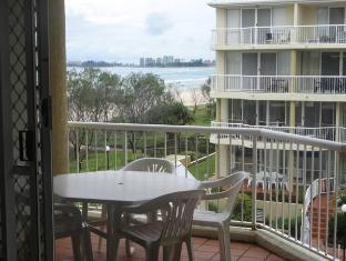 Crystal Beach Holiday Apartments Gold Coast - Lobby