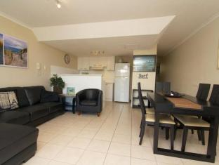 Crystal Beach Holiday Apartments Gold Coast - Guest Room