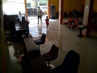LH Inn Medan - Lobby