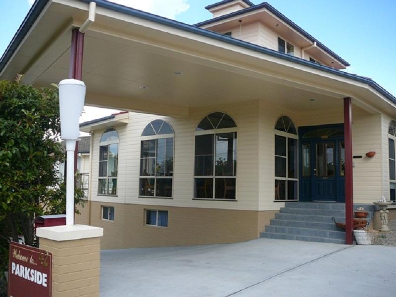Lithgow Parkside Motor Inn - Hotell och Boende i Australien , Blue Mountains