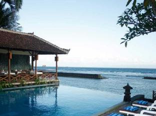 The Natia a Seaside Hotel Bali - Swimming Pool