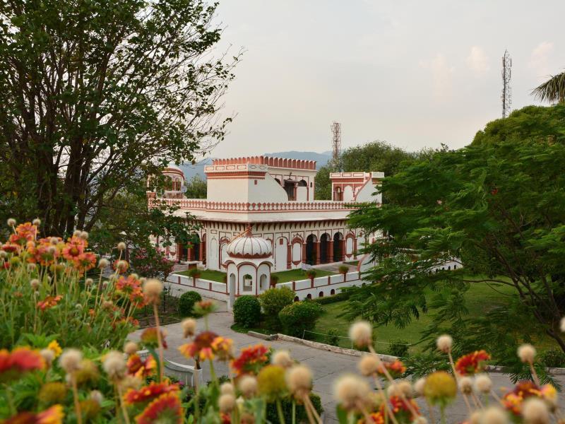 Nalagarh Heritage Resorts - Hotell och Boende i Indien i Nalagarh