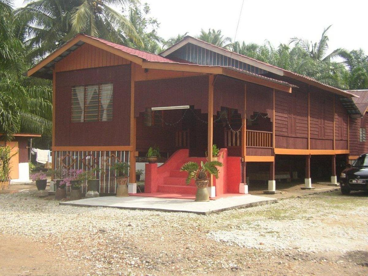 Homestay Sg Nibong Batu 23 - Hotels and Accommodation in Malaysia, Asia
