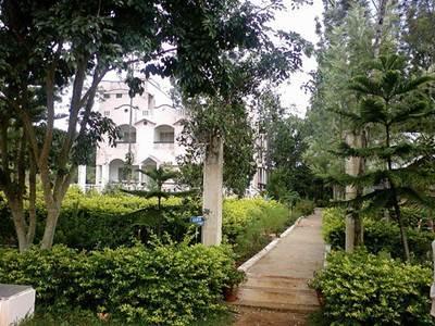 Madhura Hotel - Hotell och Boende i Indien i Yelegiri