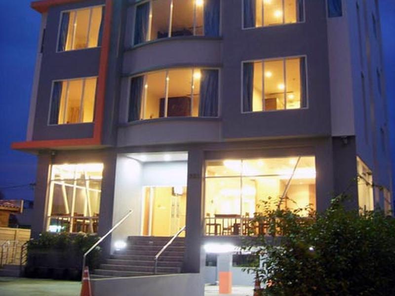 โรงแรม24แอทโฮม(24@Home Hotel)