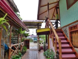 Balay Balay Travel Lodge
