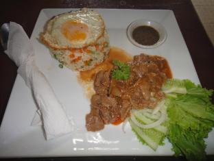 Kha Vi Guesthouse Phnom Penh - Food and Beverages