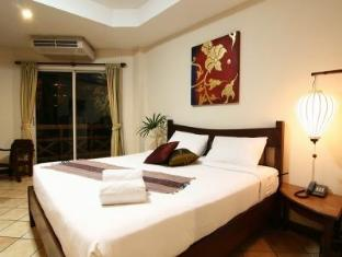 Sugar Home Serviced Apartment Pattaya - Standard Balcony
