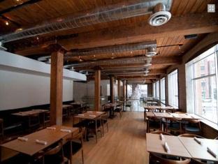 Hotel Ocho Toronto (ON) - Dining on the Second Floor