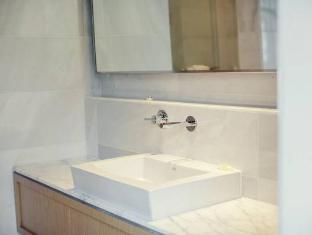 Hotel Ocho Toronto (ON) - Bathroom