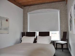 Hotel Ocho Toronto (ON) - Guest Room