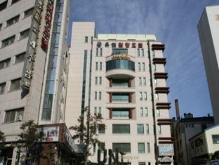 UN Tourist Hotel - Hotels and Accommodation in South Korea, Asia