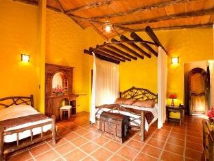 Hotel Mountain Paradise La Fortuna - Guest Room