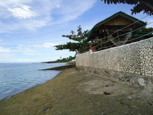 Bonita Oasis Beach Resort Cebu - Strand