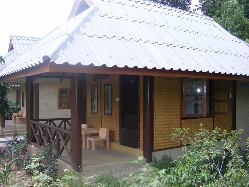 Banana House - Hotels and Accommodation in Thailand, Asia