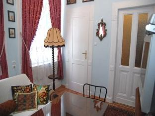 Central Square Apartment Budapest - Guest Room