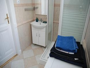 Central Square Apartment Budapest - Bathroom